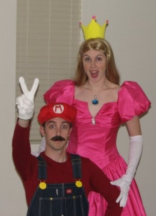 mario_and_princess_peach.jpg